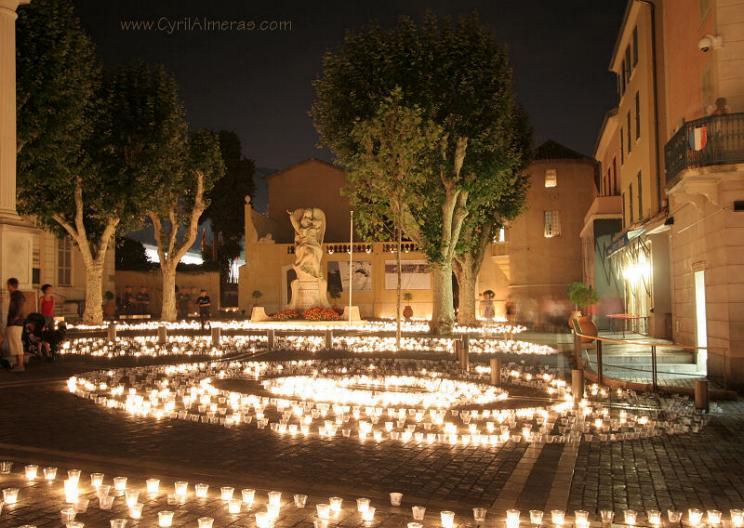 Promenade nocturne - identifiez le monument, la ville et le pays - Page 19 X_98_v10