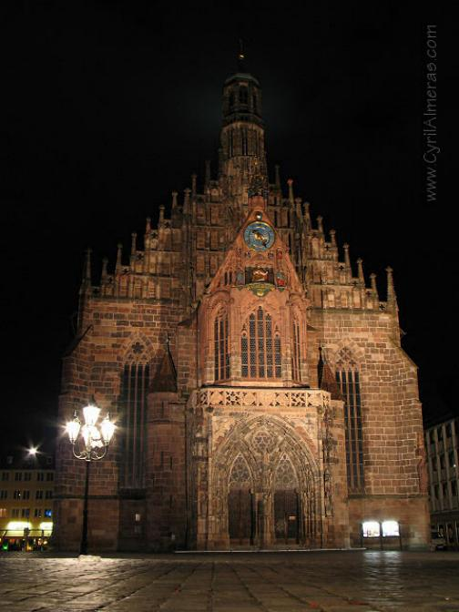 Promenade nocturne - identifiez le monument, la ville et le pays - Page 19 X_99_e10