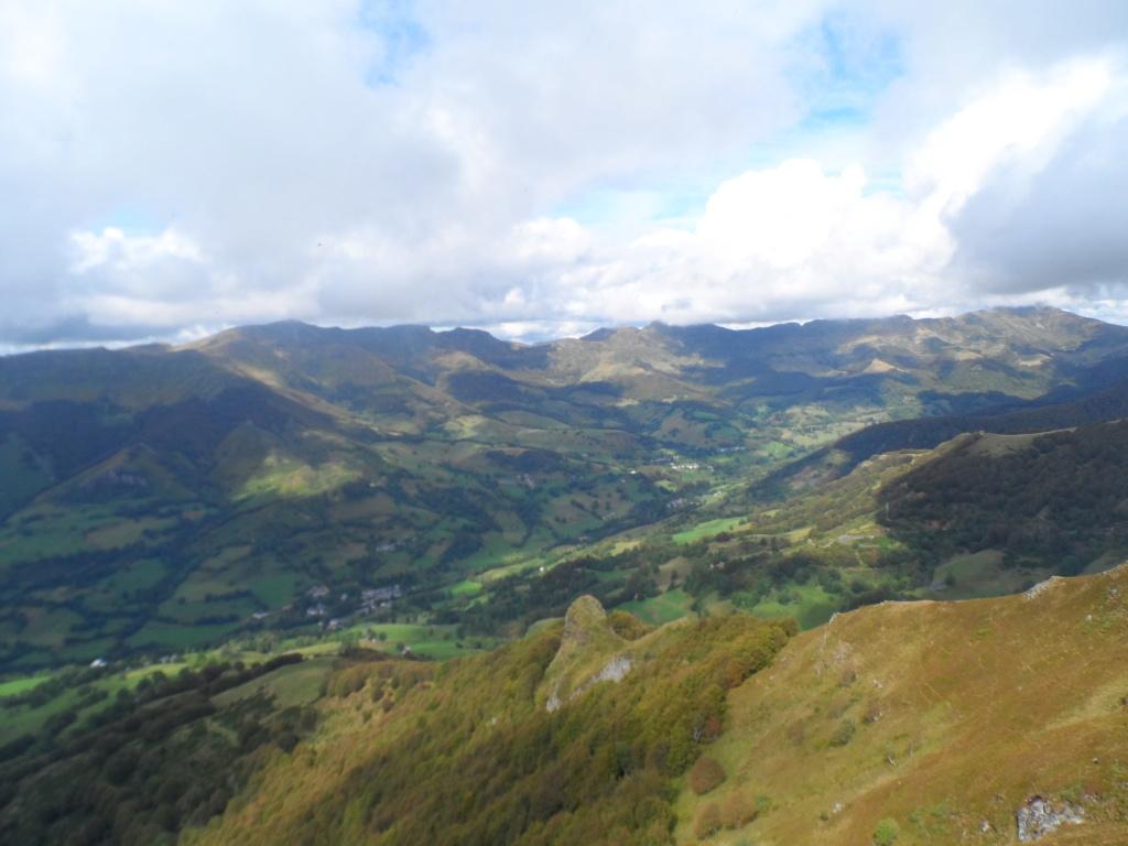 Votre sommet préféré des monts du Cantal  Sd18_117