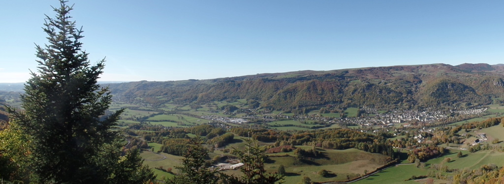 [TF1] Les monts du Cantal  Sd22_130