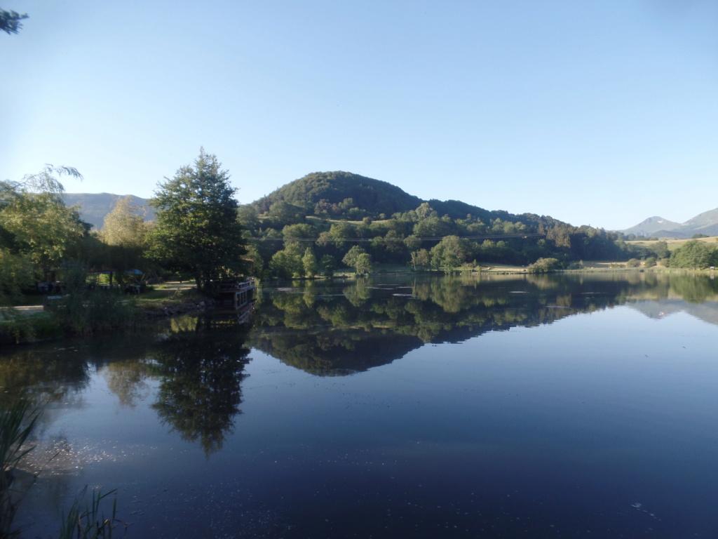 Lac de Roussillou (Riom-ès-Montagnes) - Page 3 Sd33_614