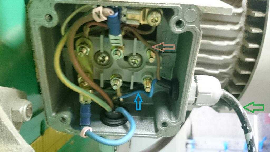 Condensateur fondu sur SAR lurem 400 Dsc_1619