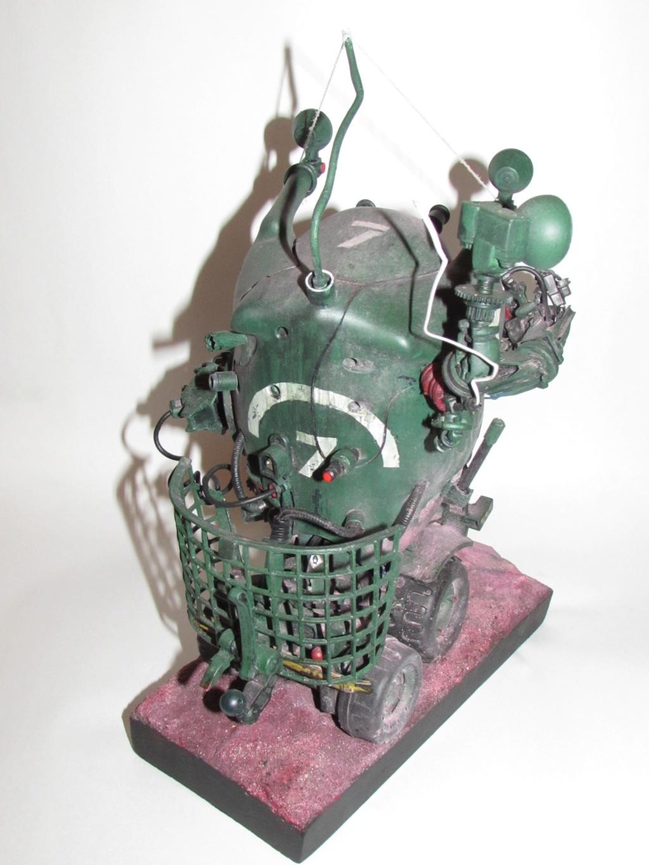 Little Willy encore un truc improbable - Assemblage de pièces de jouets et récupération Img_0066