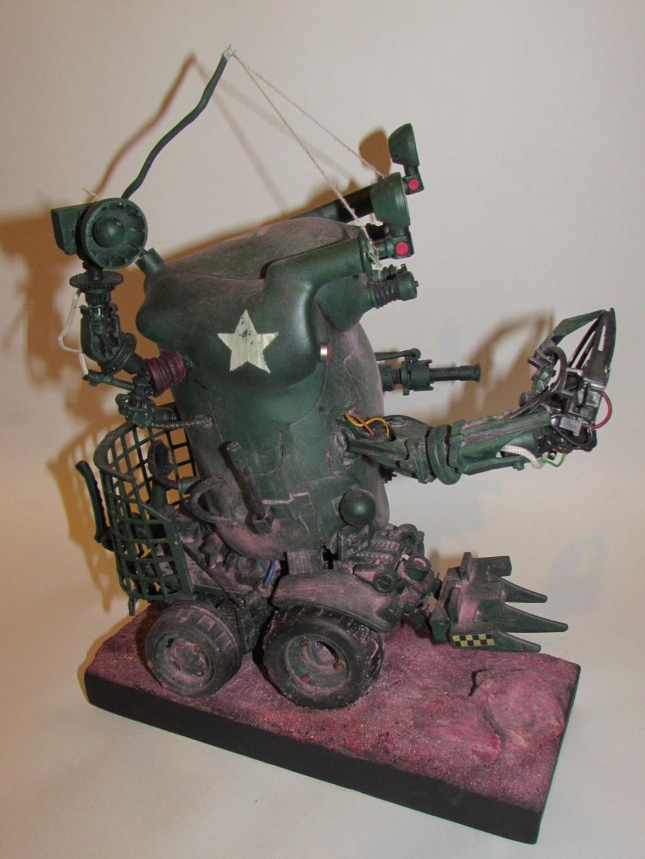 Little Willy encore un truc improbable - Assemblage de pièces de jouets et récupération Img_0067