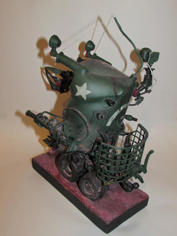 Little Willy encore un truc improbable - Assemblage de pièces de jouets et récupération Img_0068