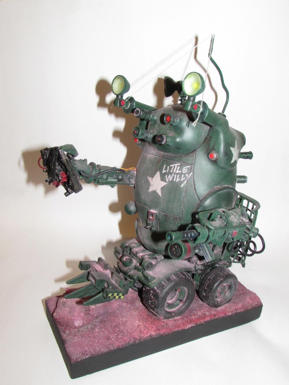 Little Willy encore un truc improbable - Assemblage de pièces de jouets et récupération Img_0069