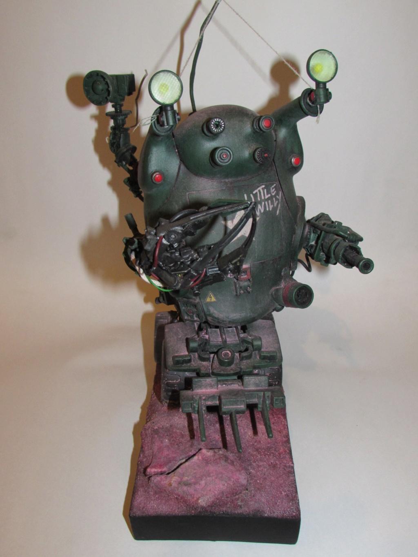 Little Willy encore un truc improbable - Assemblage de pièces de jouets et récupération Img_0070