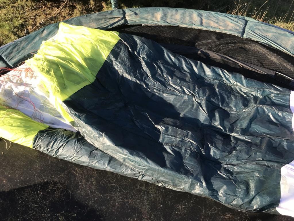 [vendu] Vends Flysurfer VMG 15 et 18m + barres SKShapes  Img_7012