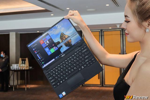 Fujitsu UH-X chỉ 749 gram do Nguyễn Kim phân phối 21534810