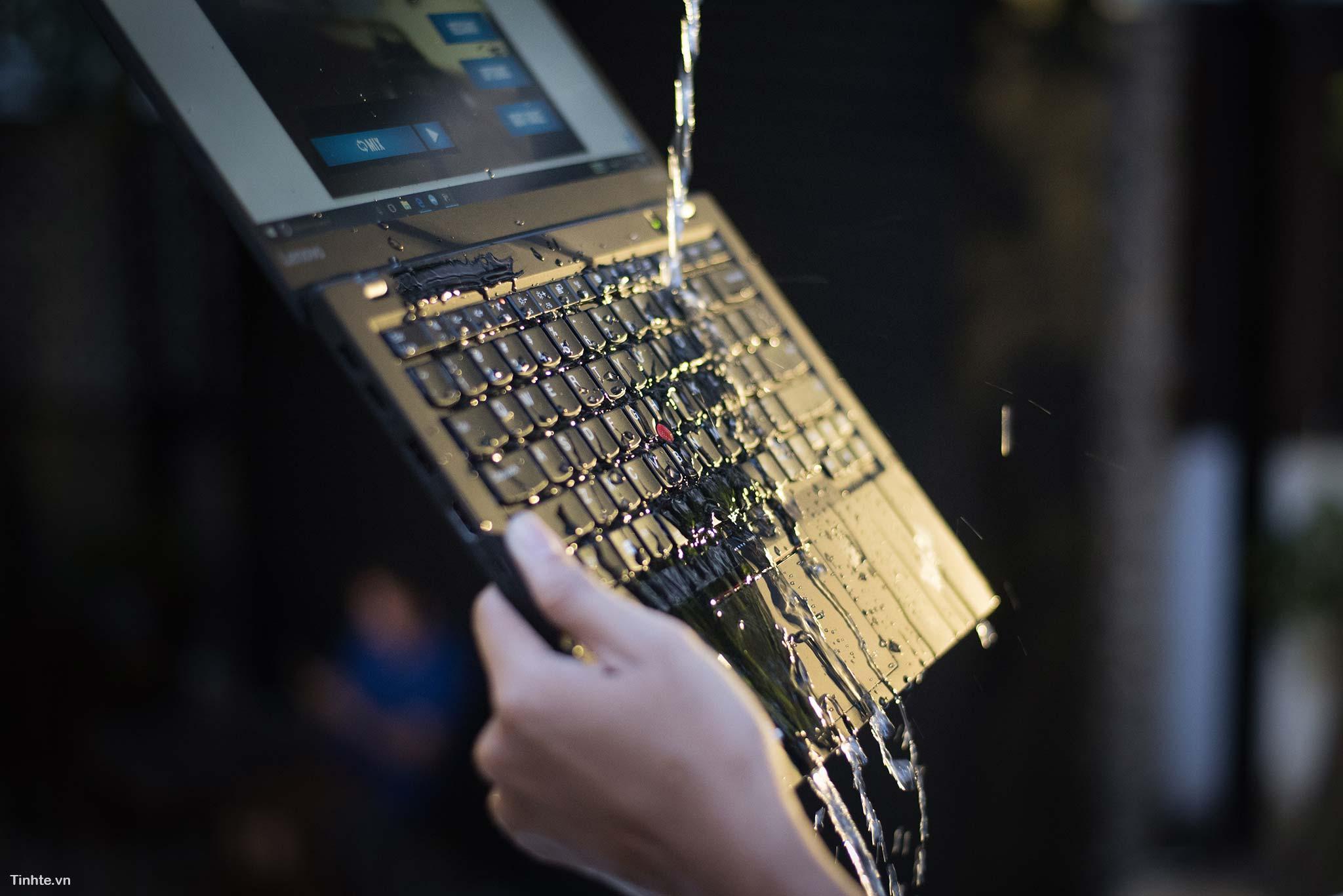 ThinkPad X1 cacbon - laptop cao cấp cho doanh nhân 40653412