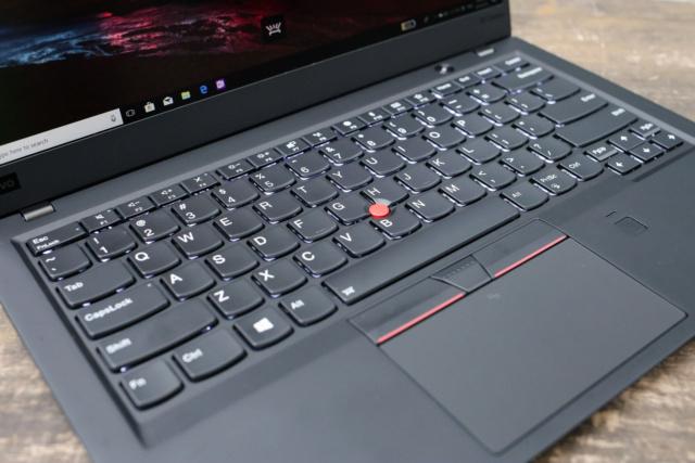 ThinkPad X1 cacbon - laptop cao cấp cho doanh nhân 44224515