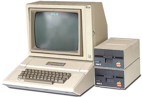 Giá cả của máy tính đã thay đổi như thế nào từ năm 1971?  Apple210
