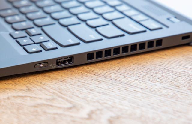 ThinkPad X1 cacbon - laptop cao cấp cho doanh nhân Laptop35