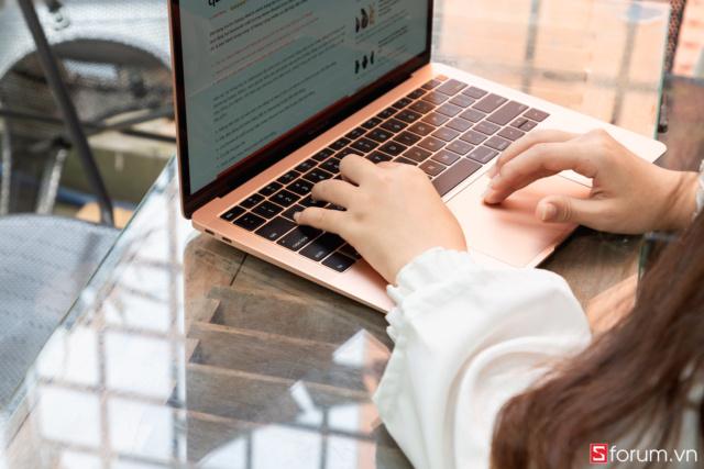 Mua MacBook: Hãy hiểu rõ cấu hình Macboo26