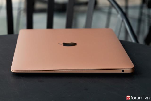 Mua MacBook: Hãy hiểu rõ cấu hình Macboo31