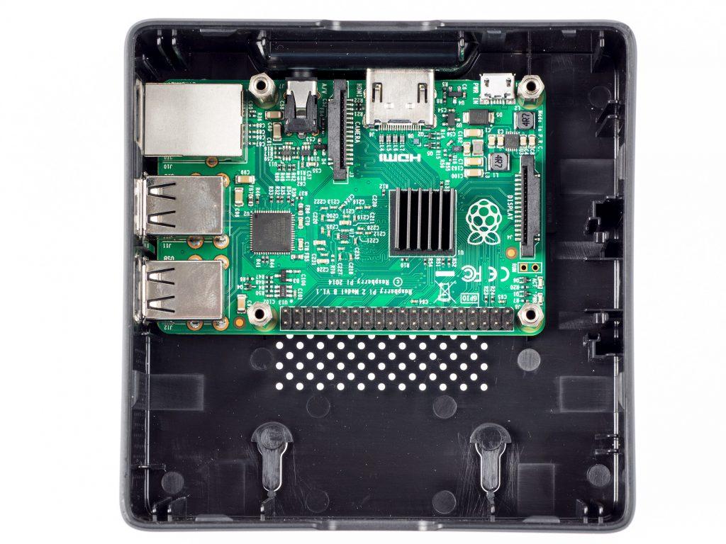 Raspberry Pi 3 và những chiếc máy tính nhúng giá rẻ nhất Pi-ins10