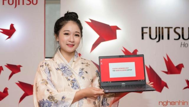 Fujitsu giới thiệu 2 laptop cao cấp U93x và U74x tại Việt Nam Ra_mat10
