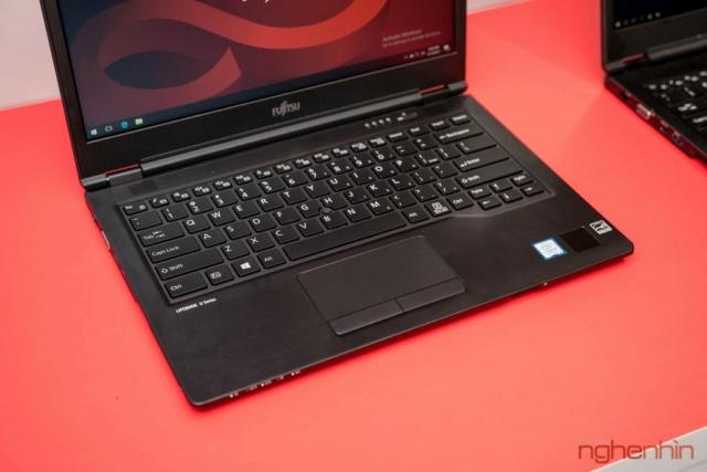 Fujitsu giới thiệu 2 laptop cao cấp U93x và U74x tại Việt Nam Ra_mat18
