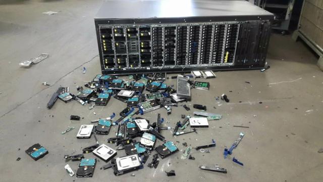 SysAdmin Day - ngày Quản trị Hệ thống 2020 Server13