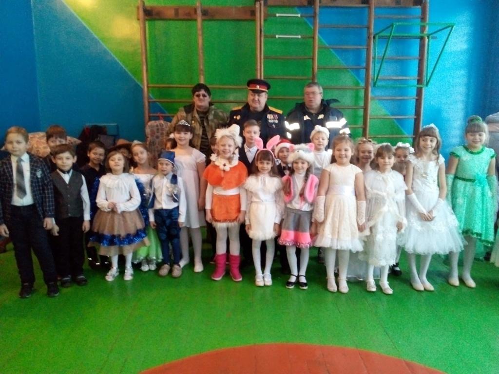 Новый 2019 год на Донбассе. 7-lva210