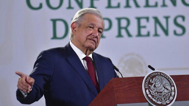 Un presidente inutil que busca distraer al pueblo con sus tontearías El-pre10