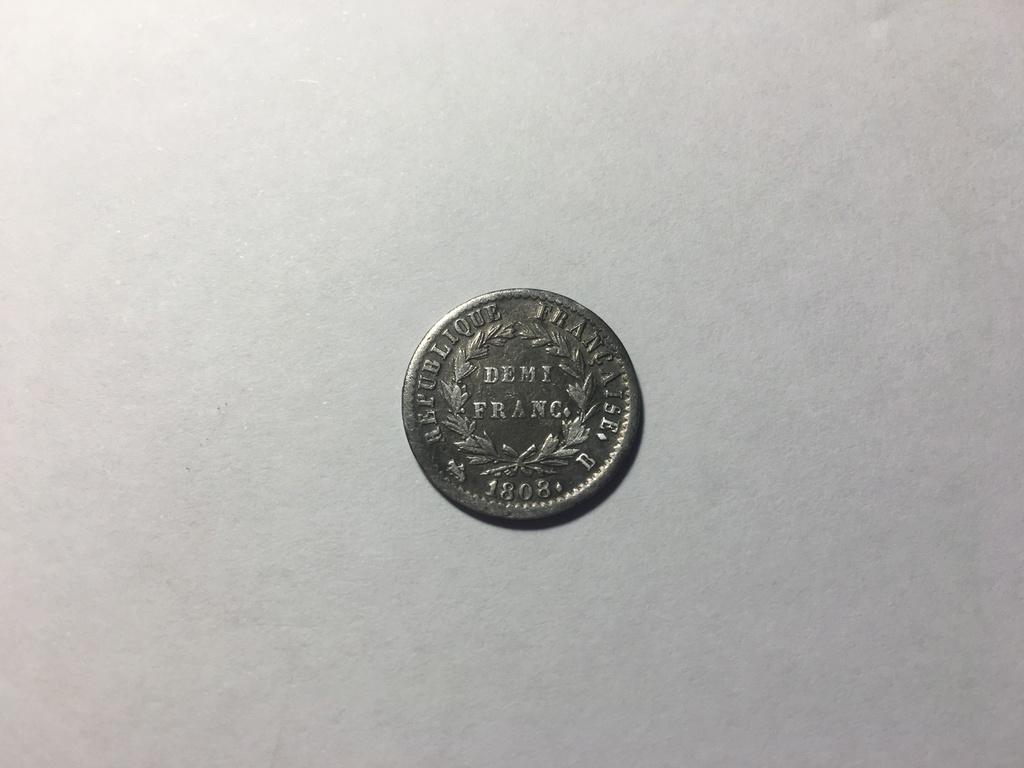Hola a ver si me pueden dar informacion sobre esta moneda querria saber la ceca gracias 3167f210