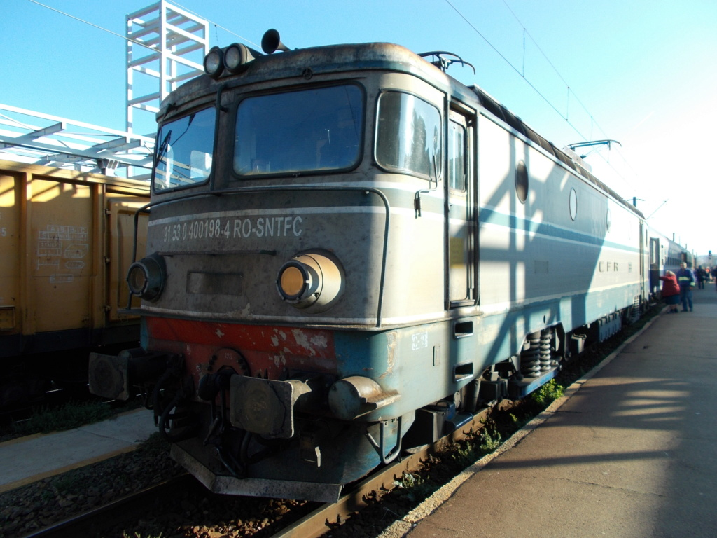 Locomotive clasa 400 - Pagina 7 198_2510