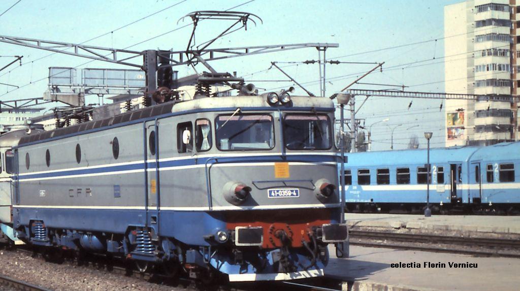 Imagini vechi cu trenuri CFR - Pagina 57 359_1910