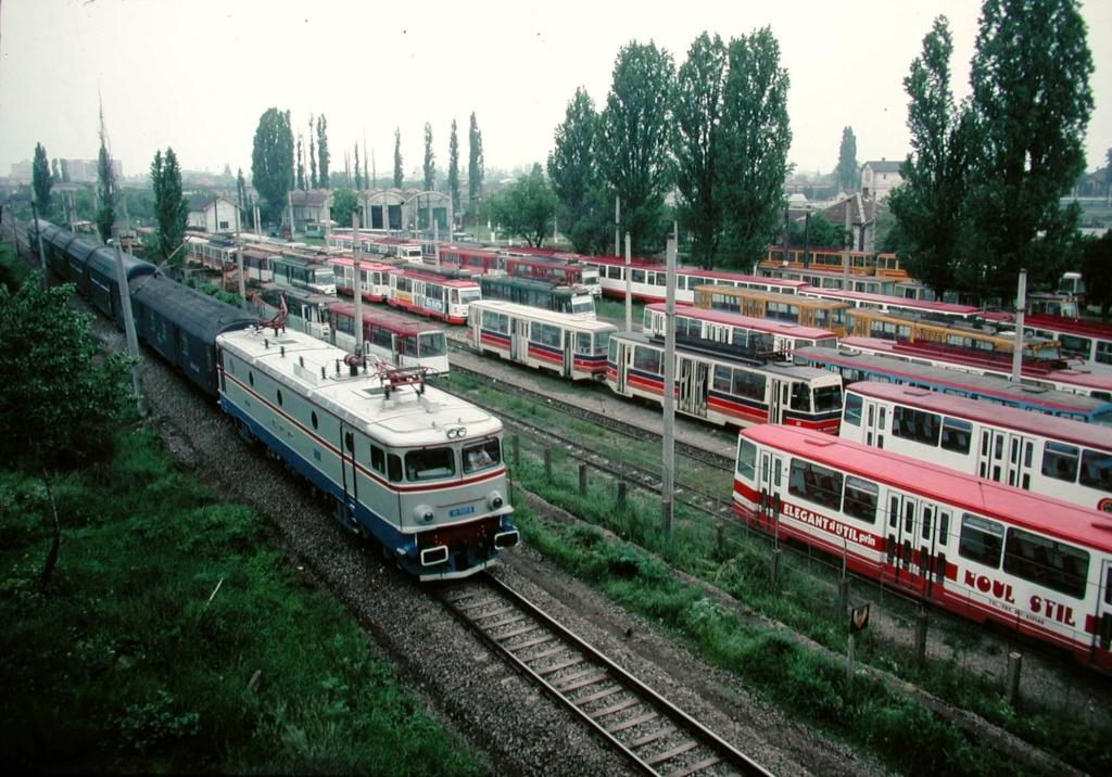 Imagini vechi cu trenuri CFR - Pagina 56 591_1910