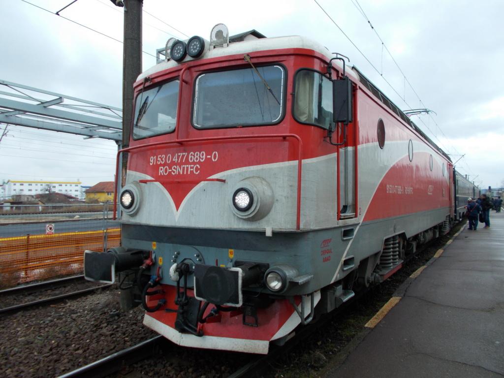 Locomotive clasa 47(476/477) aparţinând CFR Călători  - Pagina 45 689_2710