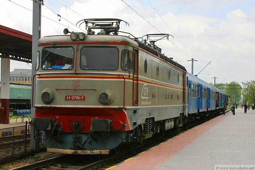 Imagini vechi cu trenuri CFR - Pagina 56 796_ca10