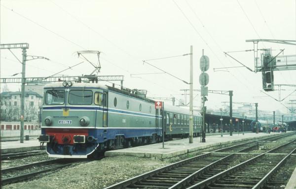 Imagini vechi cu trenuri CFR - Pagina 56 Eb199710