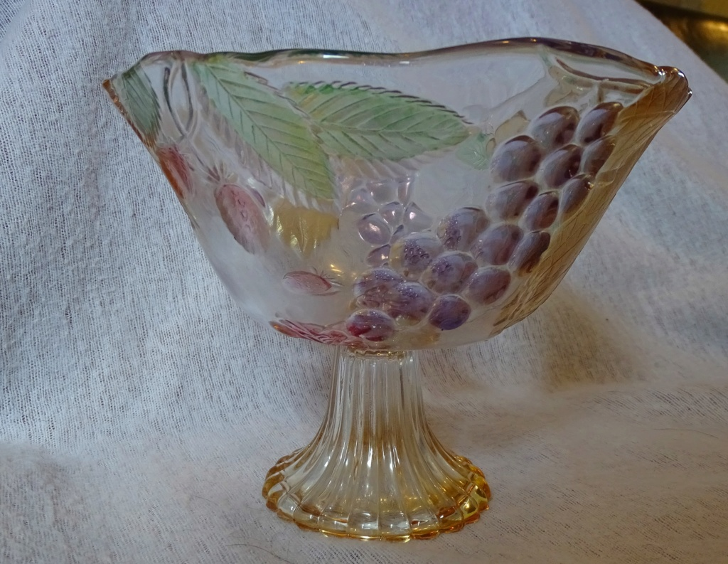 Trying to identify this pedestal bowl - Mikasa, Walther Glas  158b10