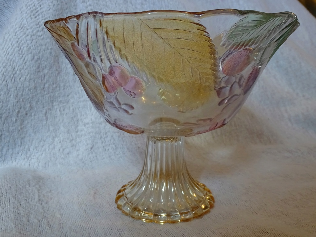 Trying to identify this pedestal bowl - Mikasa, Walther Glas  158c10