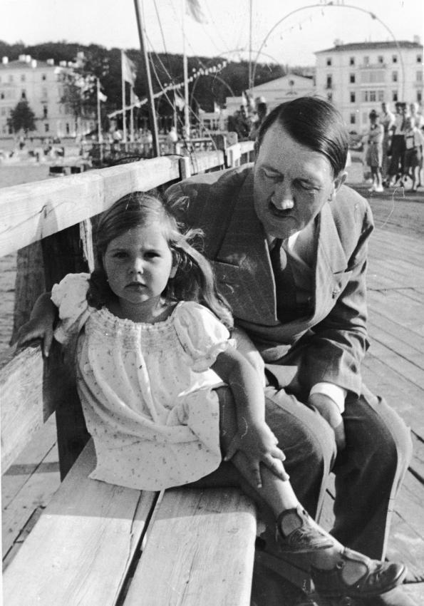 Historia e vajzes se preferuar te Adolf Hitler-it 597c0510