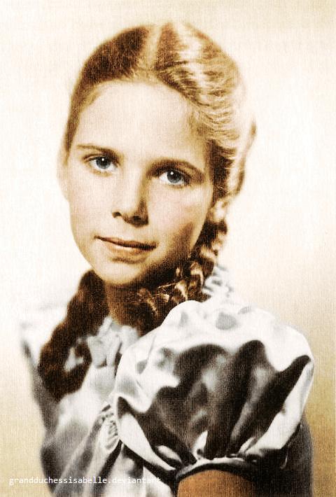 Historia e vajzes se preferuar te Adolf Hitler-it Helga_10