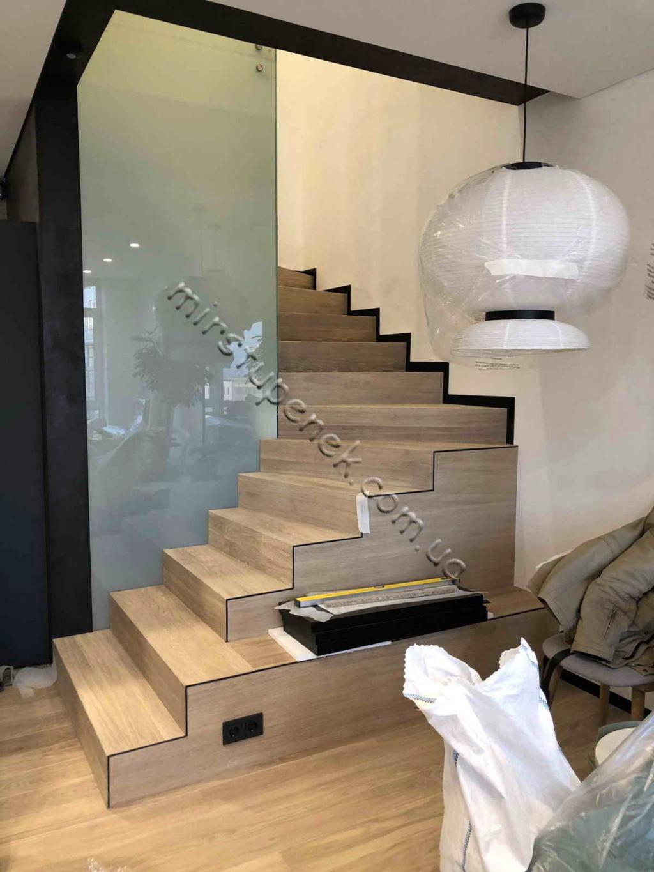 Бетонные лестницы 4410