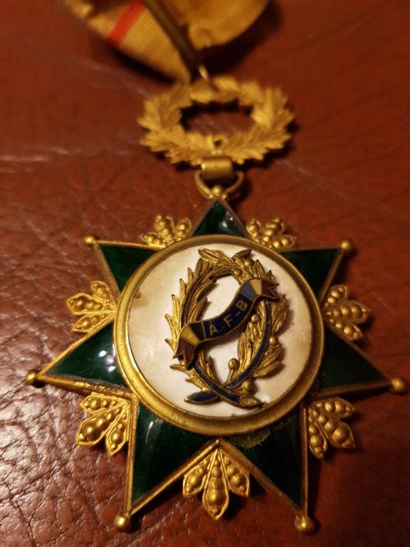 Différente médailles commandeur 20191218