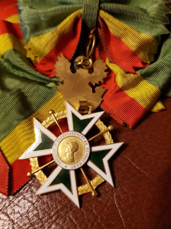 Différente médailles commandeur 20191225