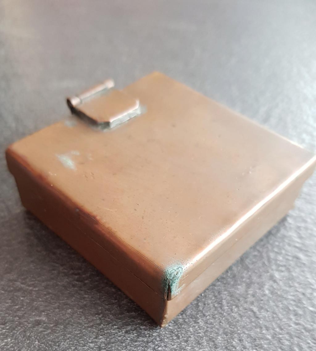 Boite en cuivre inconnu 20200444