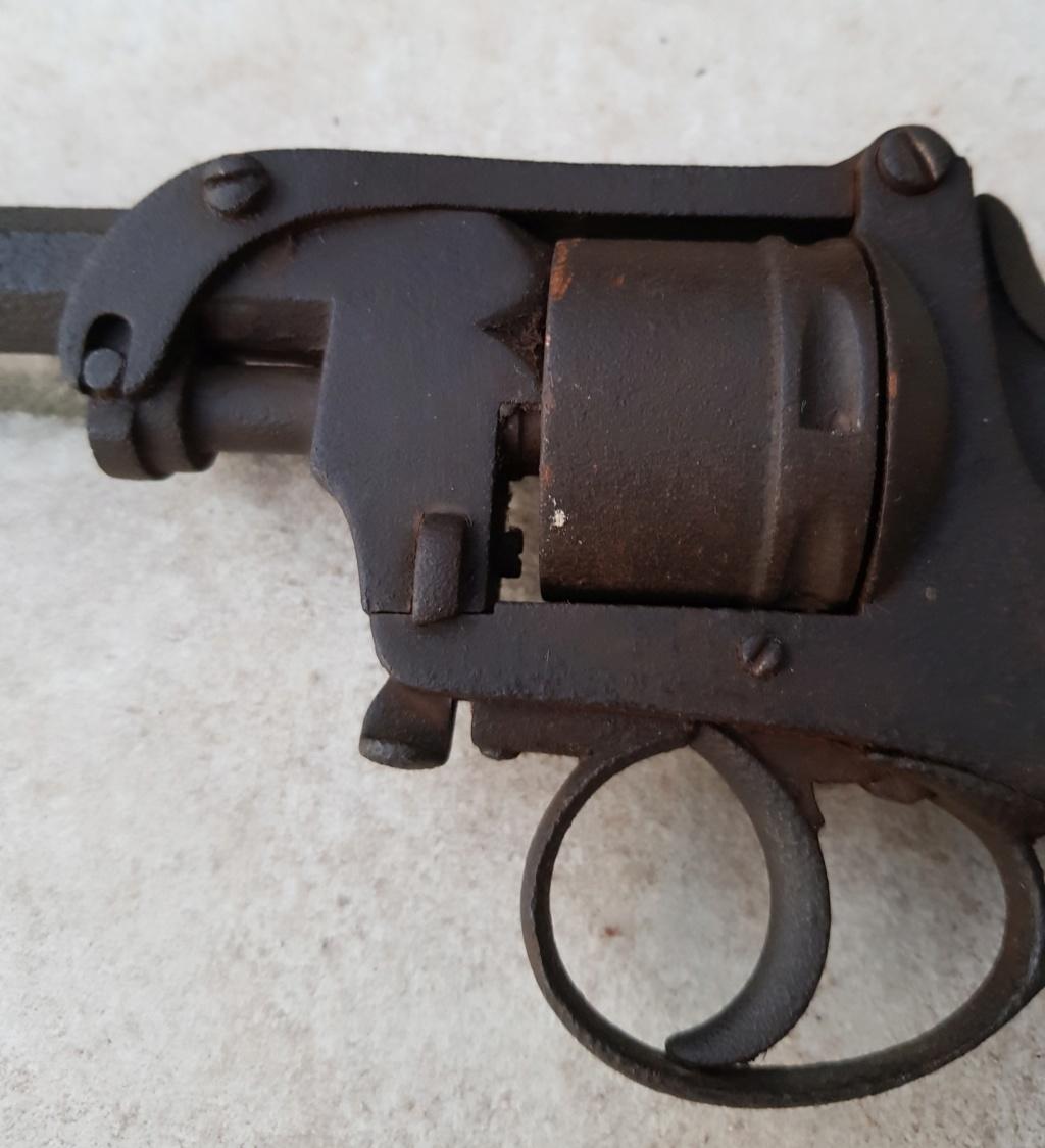 Revolver belge 20200579