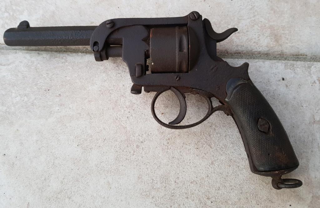 Revolver belge 20200580