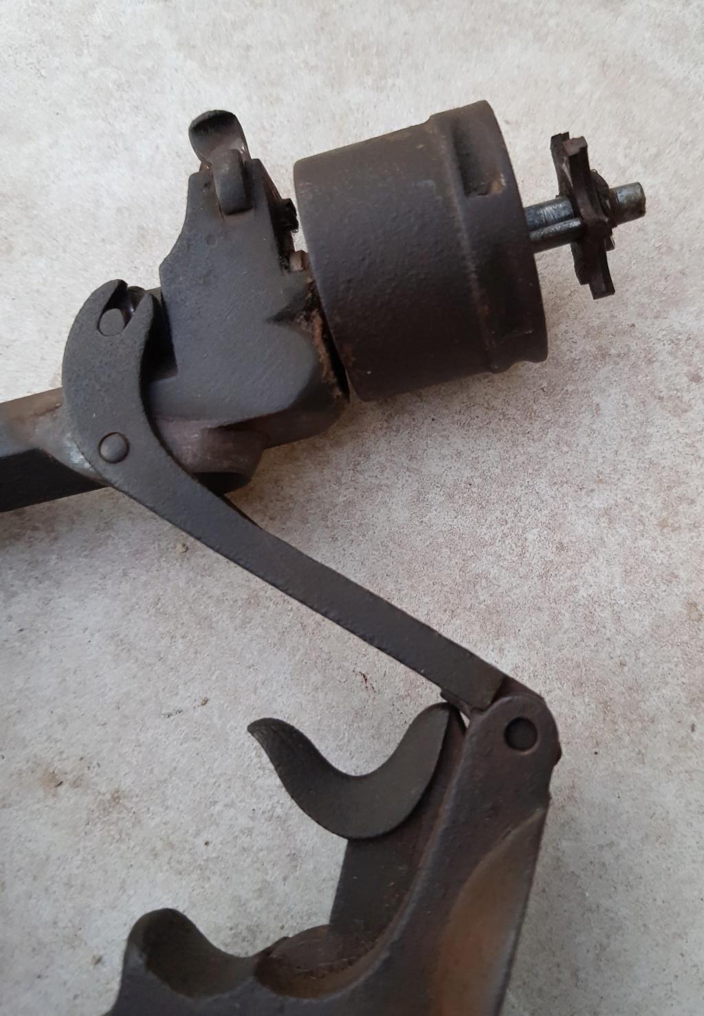 Revolver belge 20200583