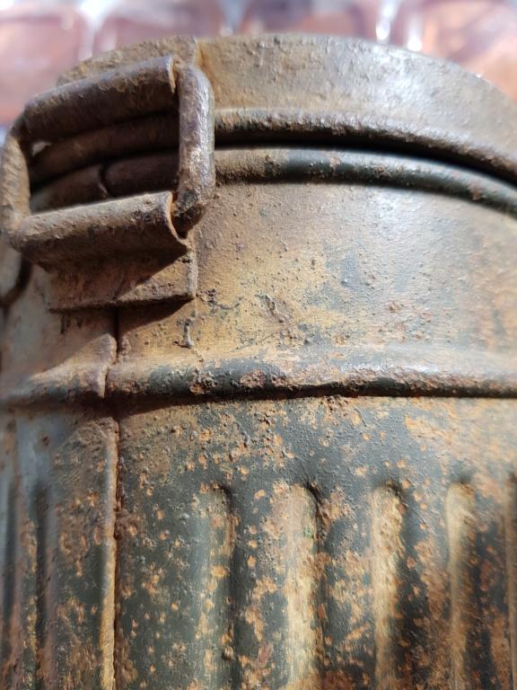Boitier masque à gaz allemand camouflé  20200951