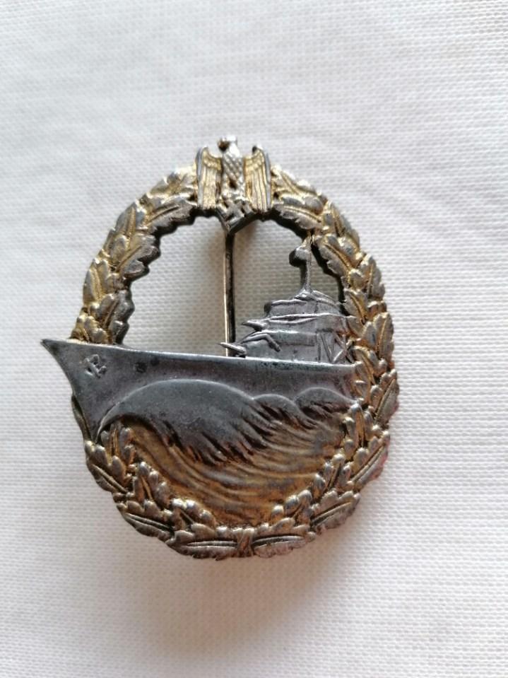 Nombreux badges et insignes Allemands ww2 Image021