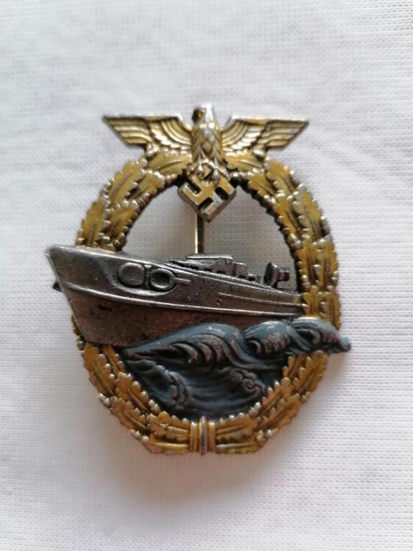 Nombreux badges et insignes Allemands ww2 Image023