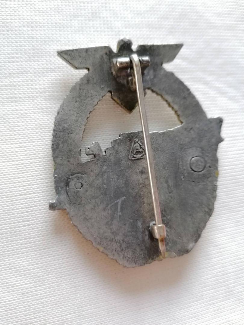 Nombreux badges et insignes Allemands ww2 Image024