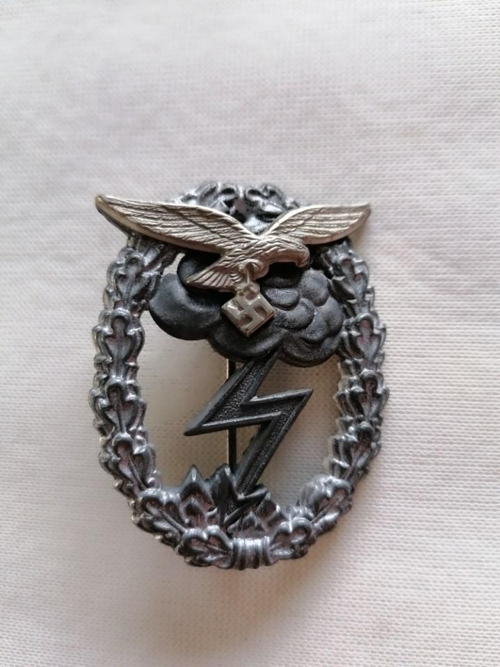 Nombreux badges et insignes Allemands ww2 Image025