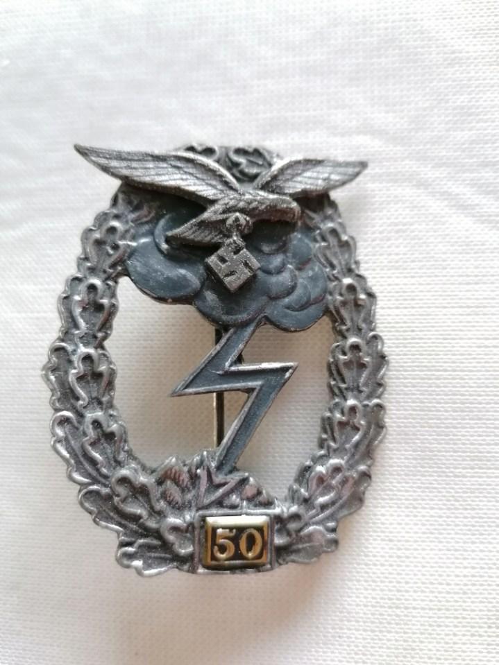 Nombreux badges et insignes Allemands ww2 Image027