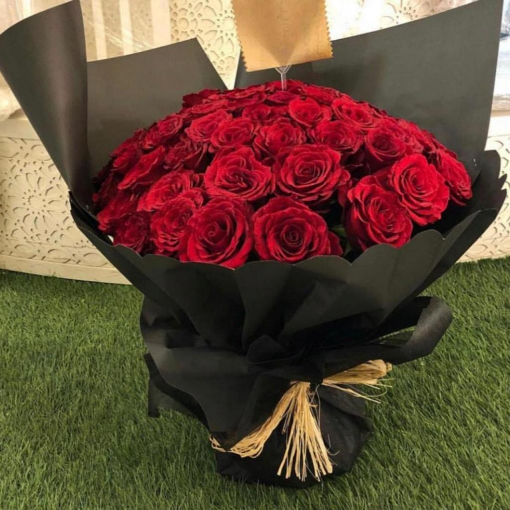 بائع الزهور من ارقى المهن 1308710